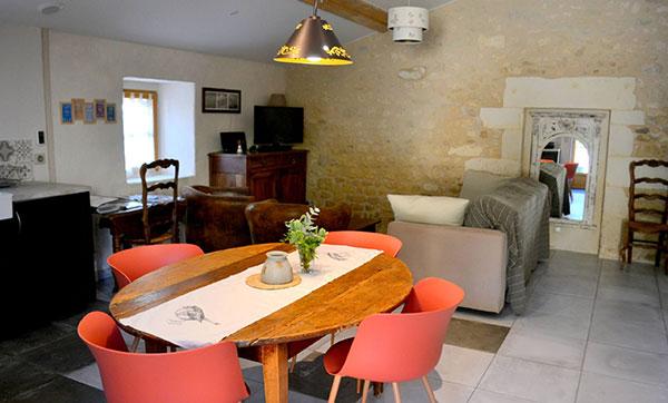 Gîte La Petite Grange - Cuisine & Salon