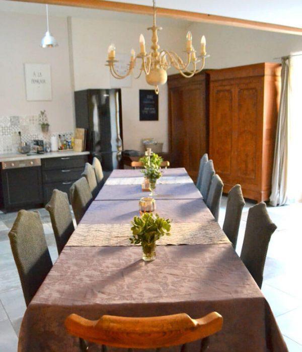 Gîte La Grange - Table salle à manger
